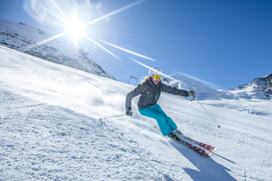 Summer Holidays in the Swiss Alps - Sun & Snow Activities