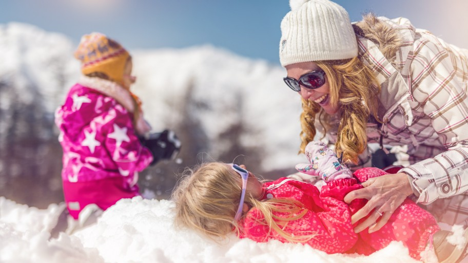 10 Reasons for Family Ski Holidays & Summer Activities in Valais
