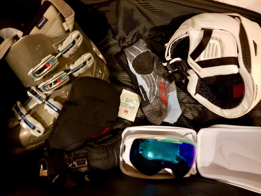 6 Things to Pack for your Ski Trip