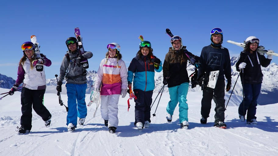 How to Plan a Group Ski Trip on a Budget